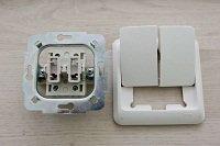как подключить двухклавишный выключатель света