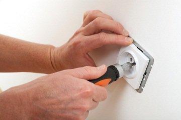 ремонт розетки в квартире