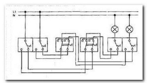схема для управления освещением с трех мест