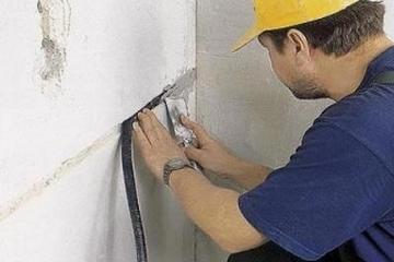 Прокладка проводов и кабелей по строительным конструкциям
