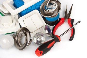 Материалы и электроустановочные изделия