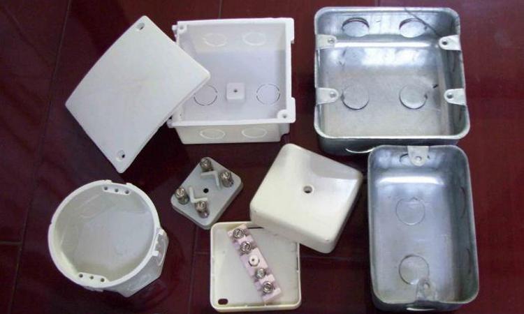 Разновидности устройства для электропроводки